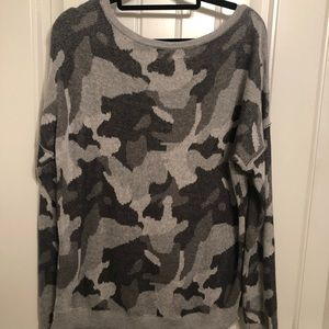 Hollister grey camo sweater
